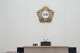 민주 18석VS한국 11석… 與, 시의회도 장악